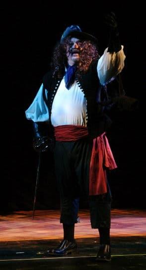 "George Hay as Cyrano in ""Moon Over Buffalo"""